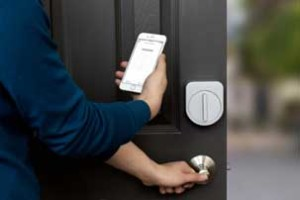 smart phone controls for smart locks