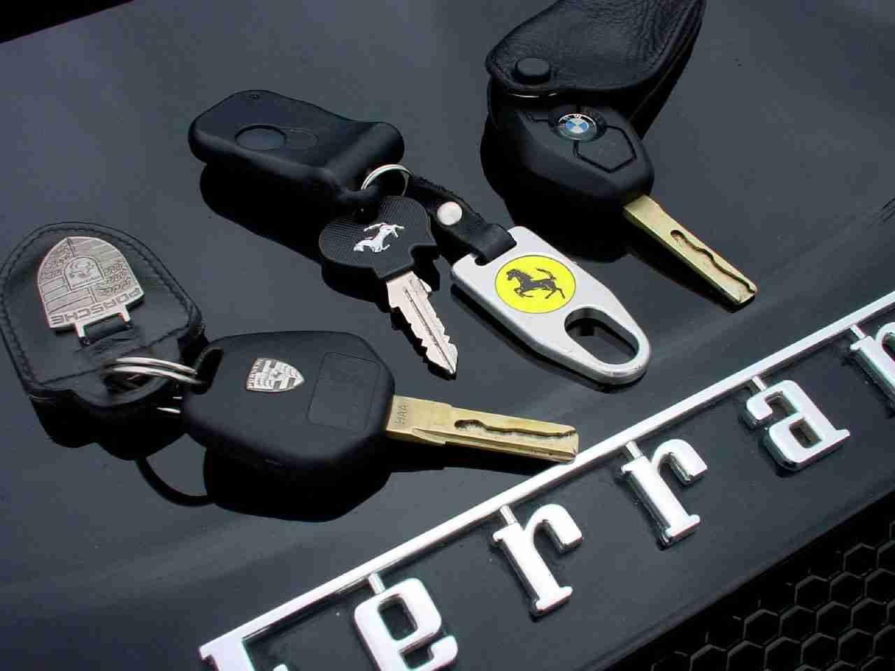 Keys at a Close Distance