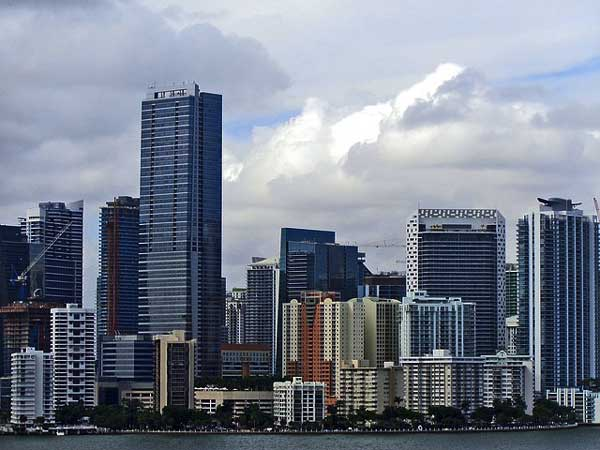miami skyline with commercial buildings