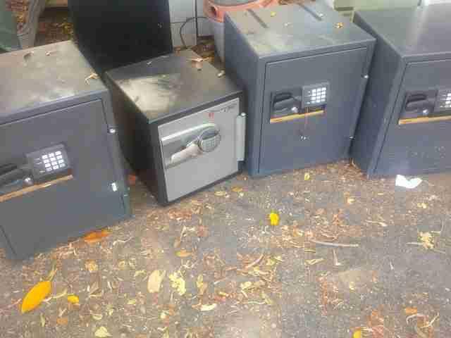 Many safes to choose