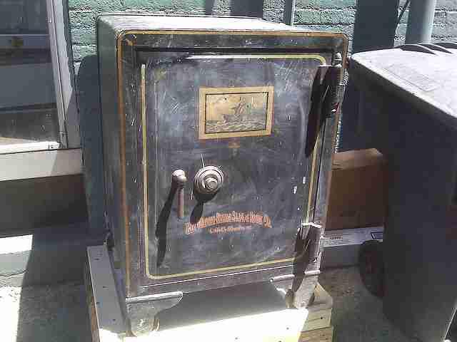 Old safe for remodeling
