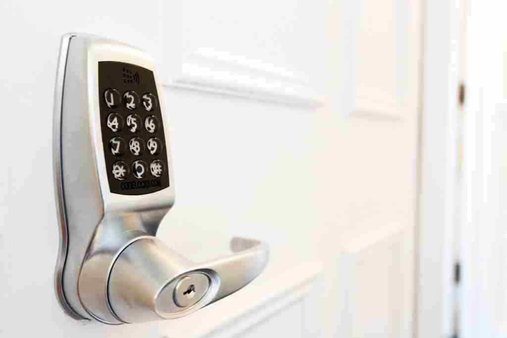 keypad and combination smart locks