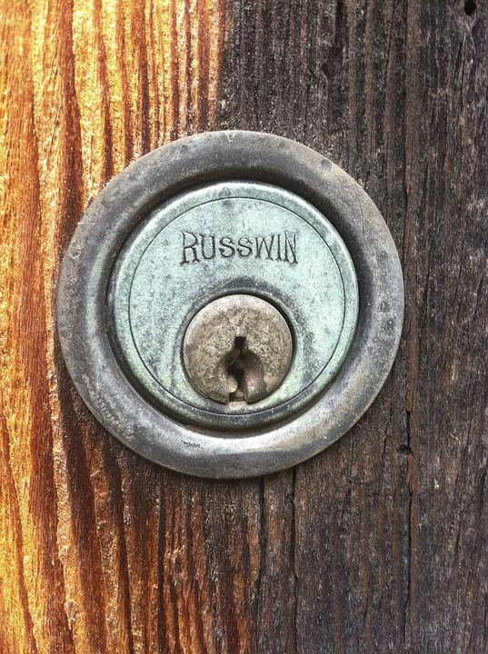 is it time to replace your deadbolt lock