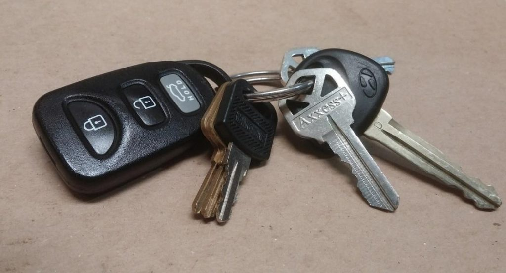 extra vehicle keys help prevent key and lock damage