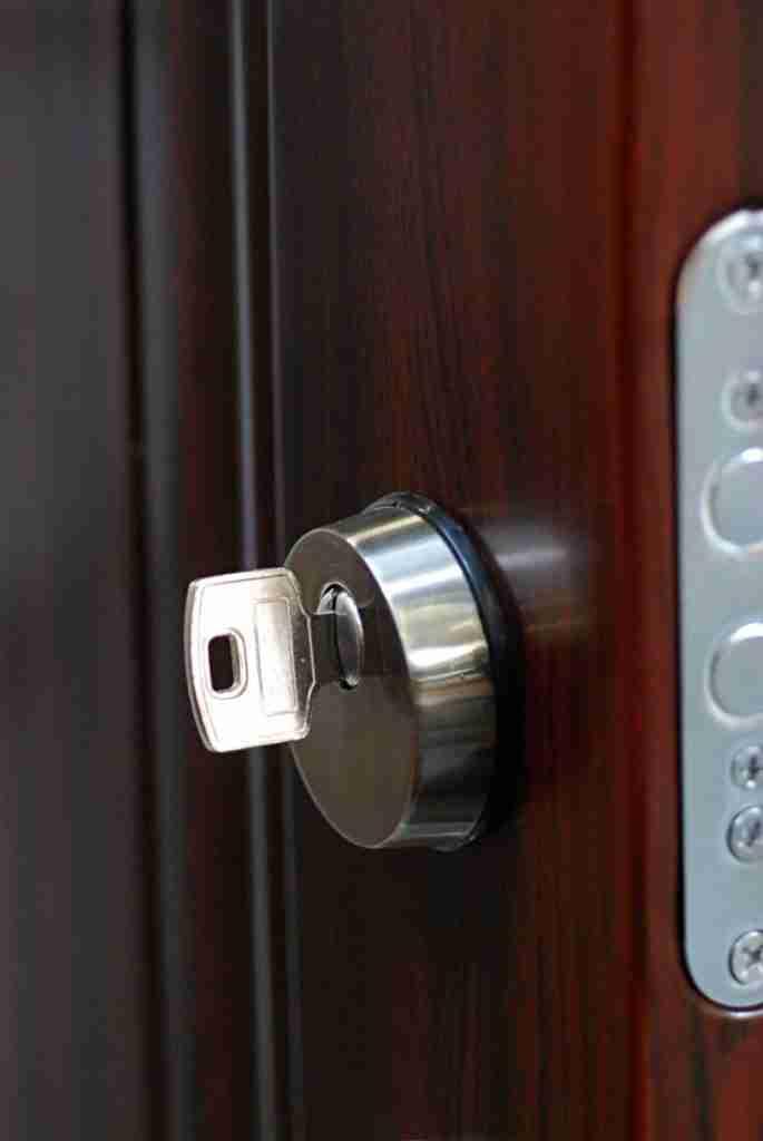 Locksmith Miami restrict keys