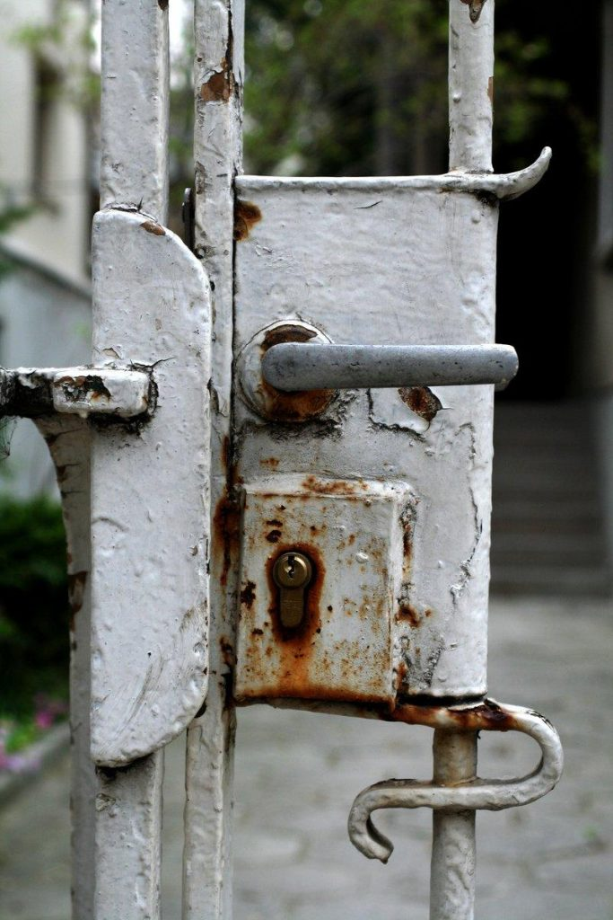 call a coral way locksmith when your business has worn locks