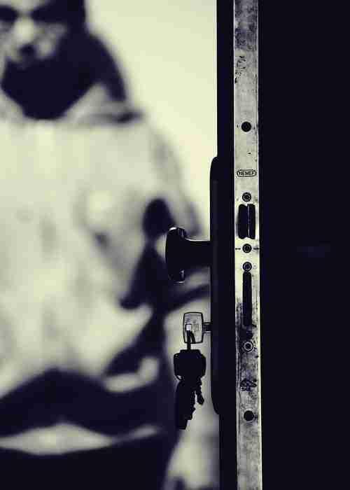 Apartment door lock and key